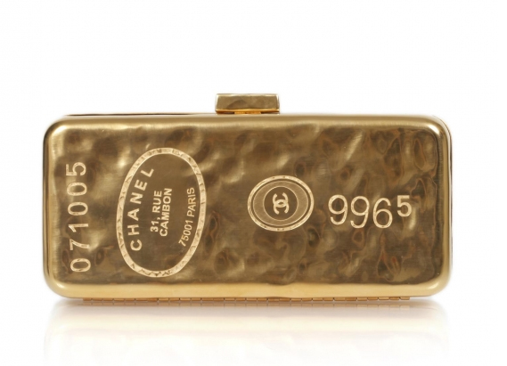 Chanel-Gold-Bar-Clutch