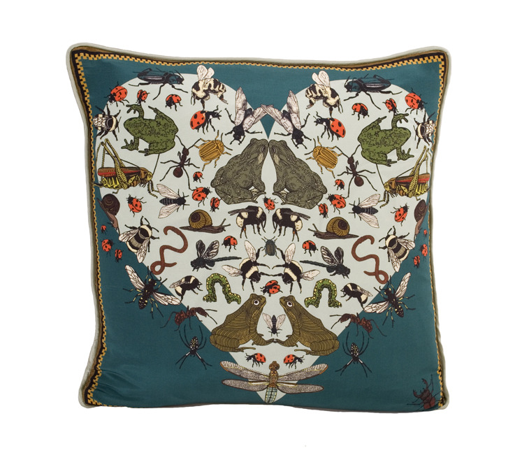 bugs_and_beasties_cushion