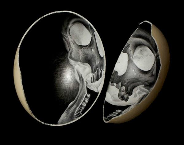 Scott-Campbell-Ostrich-Eggs-12-600x473