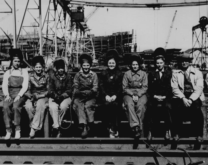 22-Women-Welders-World-War-II