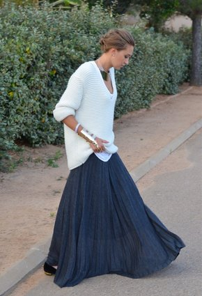zara-sweaters-giuseppe-zanotti-skirts~look-index-middle