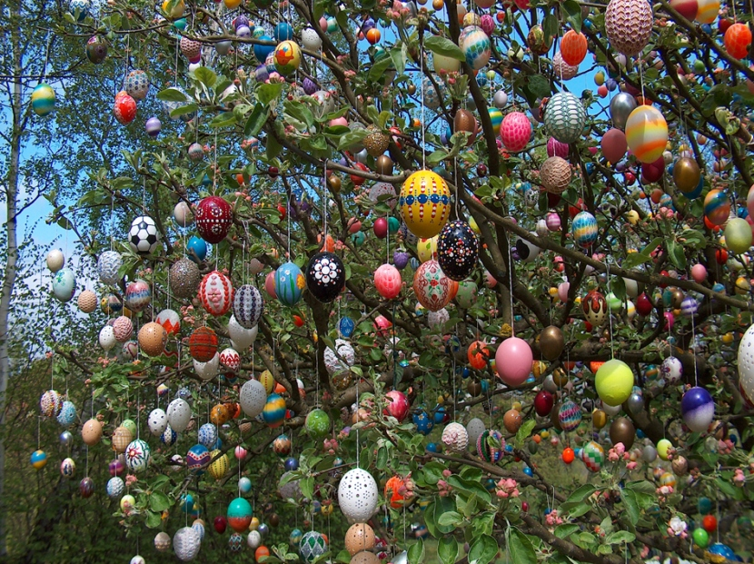 easter egg tree2