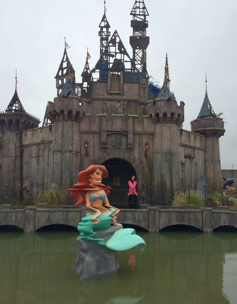 Street-Art-by-Banksy-and-other-artists-in-London-England-Dismaland-2
